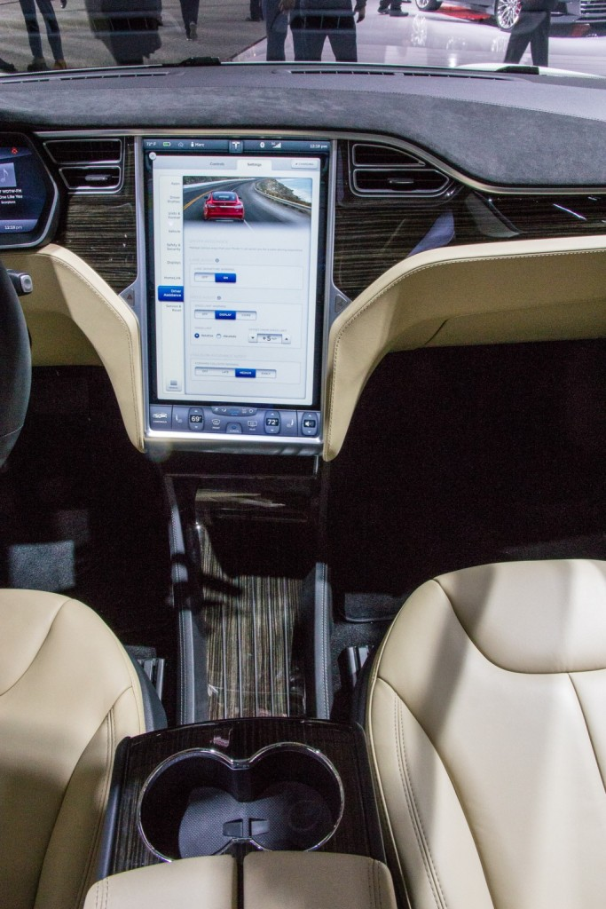tesla model s p85d 2015 dashboard