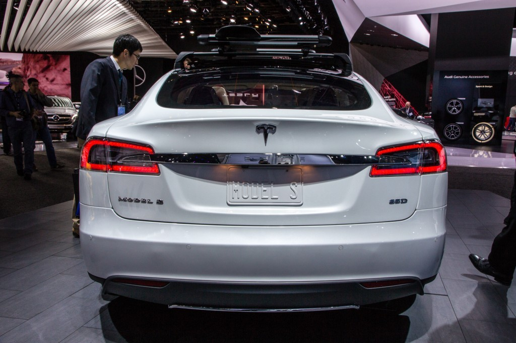 tesla model s p85d 2015 rear view bumper