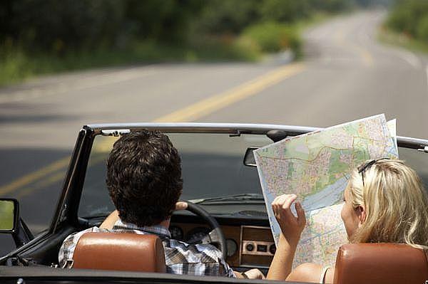 travel by hybrid car