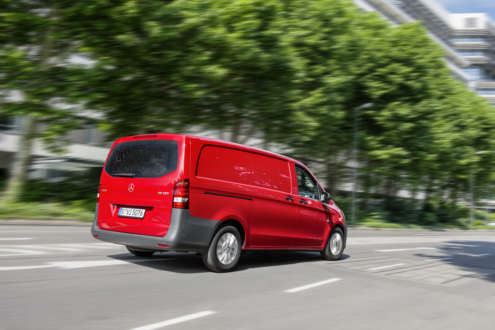 mercedes vito van looking to break out of sprinter shadow funtodrive net. Black Bedroom Furniture Sets. Home Design Ideas