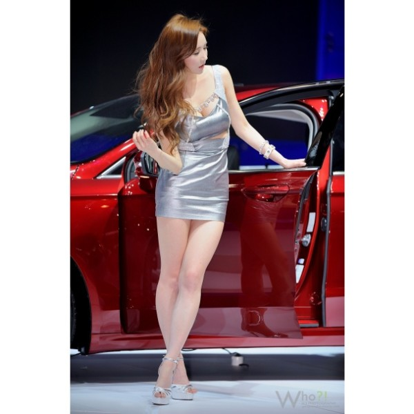 Most beautiful girls in the Seoul Motor Show 2015 (27)
