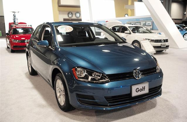 2015 Volkswagen Golf (16)