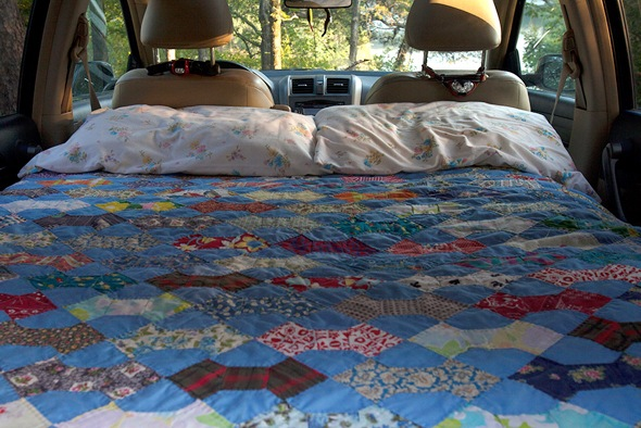 bed-car-camper