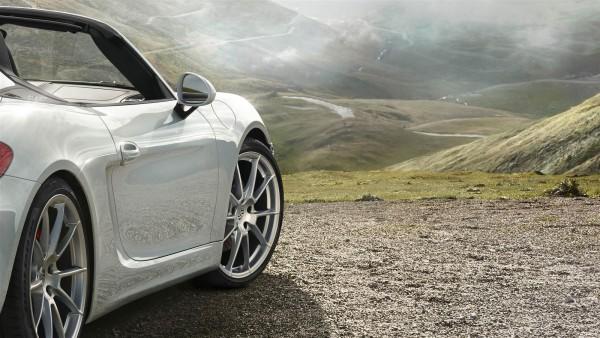 New 2015 Porsche Boxster-Spyder (3)