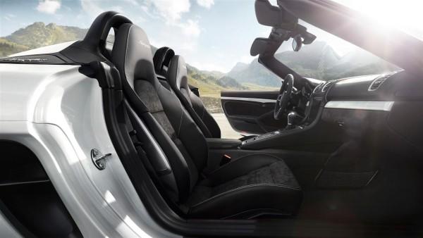 New 2015 Porsche Boxster-Spyder (6)