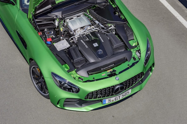 2016_Mercedes-AMG_GTR_Green_engine